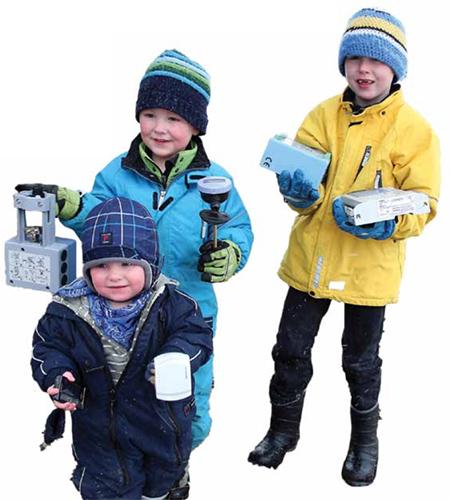 Barn_med_apparater